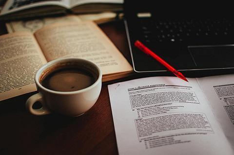 Cà phê đọc sách